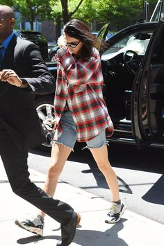 kendall-jenner-street-style-look