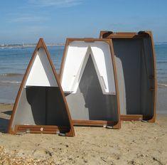 trio_split_beach