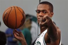 Rondo! Poking right at me