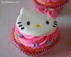 Hello Kitty Cupcakes and Link to Marshmallow Fondant Hello Kitty Cookies, Hello Kitty Cake, Hello Kitty Birthday, Fondant Cupcakes, Yummy Cupcakes, Cupcake Cakes, Marshmallow Fondant, Cake Decorating Tutorials, Cookie Decorating