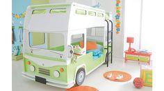 """Das Etagenbett """"Busreise"""" bietet genug Platz für die Traumreisen von gleich zwei Kindern. / Enough space for two children's dream tours: the bunk bed """"Busreise""""."""