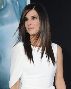 Sandra Bullock. The Best Haircuts for Thin Hair #hairstyles #haircuts #hairinspiration #sandrabullock