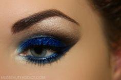 Blue eyeshadow - Eye make-up Blue Eyeshadow, Blue Eye Makeup, Skin Makeup, Bronze Makeup, Eyeshadow Makeup, Makeup Cosmetics, All Things Beauty, Beauty Make Up, Hair Beauty