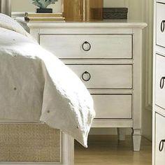 Summer Hill 3 Drawer Nightstand in Cotton | Nebraska Furniture Mart