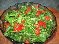 WATERCRESS AND TOMATO SALAD - Watercress is a popular locally grown vegetable here. A bit larger and firmer than what I see in supermarkets from elsewhere and those sold in Chinatown. This recipe pairs it with local grown tomato and onion, a spicy dressing adds that final touch.  Get this recipe by clicking on the link below: http://ow.ly/haev301D8p0