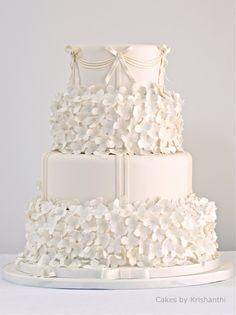 lovely... http://www.cakesbykrishanthi.co.uk/cakes/