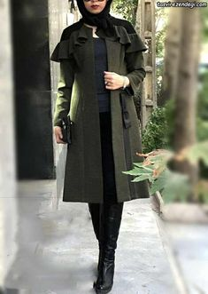 Modest Fashion Hijab, Modern Hijab Fashion, Street Hijab Fashion, Hijab Fashion Inspiration, Fashion Dresses, Hijab Chic, Mode Abaya, Mode Hijab, Beautiful Casual Dresses