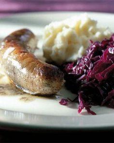 Worst met puree en rodekool - Recepten - Culinair - KnackWeekend.be