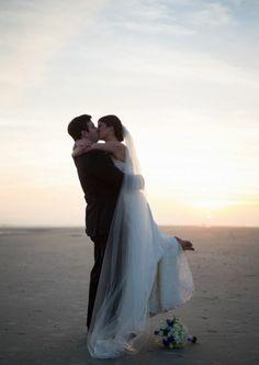 Charleston, SC Beach Wedding | Wild Dunes Weddings | Photography & Design by Jenny