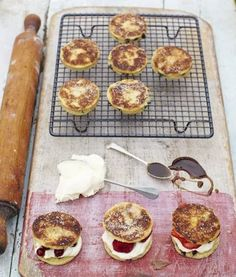 If you want to know how to make Welsh cakes, use this foolproof recipe – crisp on the outside, and soft but slightly crumbly inside, they're to die for. Jamie Oliver, Caking It Up, Fruit Recipes, Healthy Recipes, Snacks Recipes, Simple Recipes, Sweet Recipes, Vegetarian Recipes, Dessert Recipes
