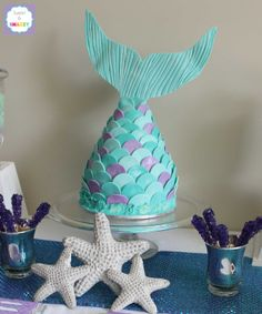 Mermaid Tail Cake by Sweet & Snazzy https://www.facebook.com/sweetandsnazzy