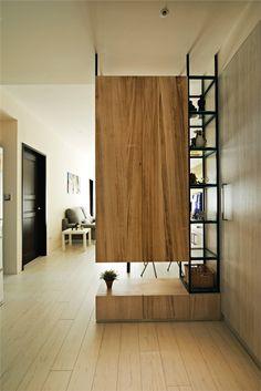 Partition with storage Living Room Partition Design, Living Room Divider, Room Partition Designs, Hallway Designs, Living Room Decor, Divider Design, Foyer Design, Shelf Design, Cabinet Design