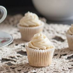 Earl Grey Cupcakes With Honey Buttercream Frosting – Cupcake Daily Blog – Best Cupcake Recipes .. one happy bite at a time!