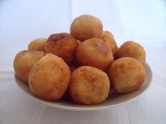 Pulung-pulung ubi – stuffed cassava and coconut balls from Wil and Wayan's Bali Kitchen - trust me, these are THE tastiest things you'll ever eat!