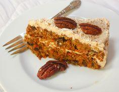 Cavey Carrot Cake #CaveWomanCafe