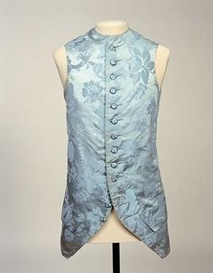 Waistcoat from the first half of the 18th century. This waistcoat is made of silk and has a matching banyan. In the Manchester Art Gallery Tumblr