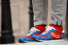 Street Style: calcetines Lemonade Attack rojos, en el blog de Boyurbandchic. Lemonade Attack red obsession socks.
