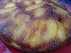 Quatre-quarts aux pommes caramélisées