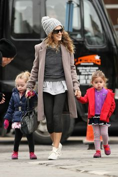 Sarah Jessica Parker Photo - Sarah Jessica Parker Walks With the Kids
