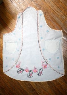 Vintage 1920s1930s Embroidered Tea Apron by adelinesattic on Etsy, $28.00