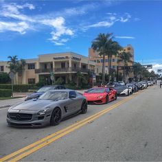 The Perfect LineUp! Checkout @speedagents to SEE the Amazing PHOTO and VIDEO @speedagents Follow My CREW @supercarspuertorico @islandcarsphotography @pro_millionaire_puerto_rico @puerto_rico_cars @carturepr @i.heart.cars #mustang #freedom #ferrari #lexus #bmw #love #car #speedagents #supercarspuertorico #promillionairepr #islandcarsphotography #carturepr
