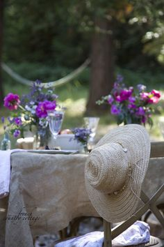 FRENCH COUNTRY COTTAGE: Inspirations~French Countryside Inspired Dining