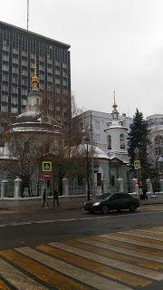 Хороший блог о кино и музыке, а тк же путешествиях: wretchedness and beauty of the city of Moscow stre...