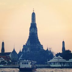 Chao Phraya River- This river bisects the city and is a busy waterway used for transportation by an elaborate network of ferries and water taxis. Ride on a commuter canal boat to Ratanakosin Island.
