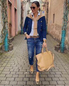 Mature Fashion, Look Fashion, Fashion Outfits, Womens Fashion, Casual Elegance, Casual Chic, Casual Fall Outfits, Work Wardrobe, Comfortable Fashion