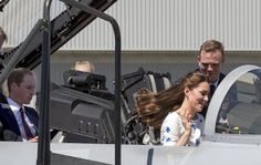 Pin for Later: Kate Middleton Takes the Pilot Seat!