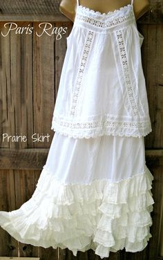 lace prairie skirt from Paris Rags Mode Hippie, Lingerie Plus, Vintage Outfits, Vintage Fashion, Romantic Outfit, Lace Outfit, Linens And Lace, Mori Girl, Mode Style