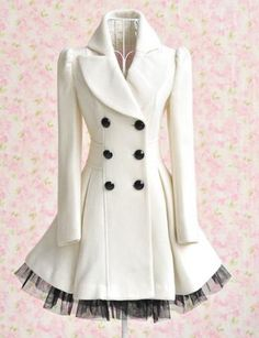 Elegant Gothic Double Breasted Gauze Trimming Coat not this color but It is so cute and I am a sucker for a pea coat. This is like a pea coat with personality Look Fashion, Fashion Beauty, Womens Fashion, Fashion Coat, Dress Fashion, Diy Fashion, Fashion Ideas, Classy Fashion, Fashion Vintage