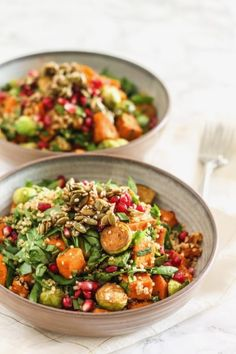 Roasted veggies, quinoa, maple seed clusters + fresh pomegranate make this Fall Gratitude Quinoa Salad a flavourful, jewel-toned dish that'll keep you feeling full for hours. Quinoa Salad Recipes, Vegetarian Recipes, Healthy Recipes, Vegan Meals, Easy Recipes, Cooking Recipes, Clean Eating, Healthy Eating, Dinner Healthy