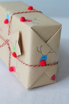 42 creative ideas on how to pack gifts in an original way - DIY - Geschenke verpacken - Dekoration Unique Christmas Gifts, Christmas Gift Wrapping, Xmas Gifts, Christmas Presents, Diy Gifts, Christmas Crafts, Alternative Christmas Wrapping Paper, Christmas Holiday, Christmas Ideas