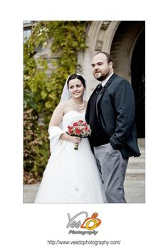 Wedding shot in front of University Hall, McMaster