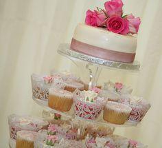 Cupcake+Wedding+Cake+2.jpg (800×729)