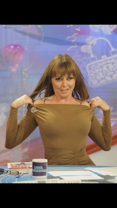 Carol Vorderman wears extremely tight outfit as she leaves studios Carol Vordeman, Carol Kirkwood, Beautiful Old Woman, Holly Willoughby, School Girl Outfit, Tv Presenters, Sexy Older Women, Celebs, Celebrities