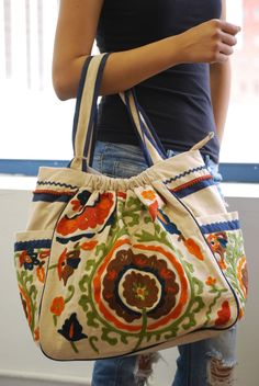 canvas purse with colorful ebroiders | Bohemian Canvas Premium Flowers Embroidery Deco Hobo Bag - Premium ...
