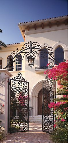 Old World, Mediterranean, Italian, Spanish & Tuscan Homes & Decor Architecture