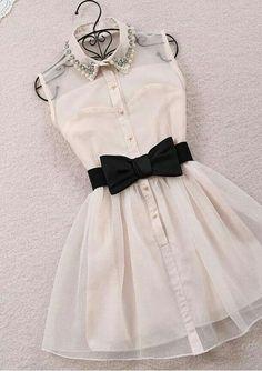Accentuated collar dress
