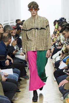 J.W.Anderson Spring 2017 Menswear Fashion Show