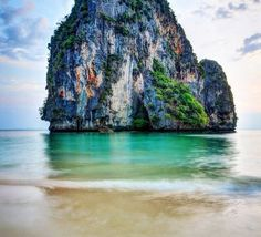 """9 reasons to visit thailand"", ""travel to thailand"", ""luxury travel thailand"", ""what to see in thailand"",""what to do in thailand"", "" beaches in Thailand"", ""krabi thailand"""