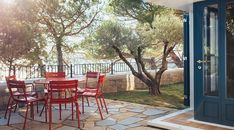 The Hollmann Residenza not far from the Miramare Castle in Trieste is perfect for people who want to spend their holidays off the beaten path. Trieste, Villa, Wonderful Places, Paths, Castle, Italy, Outdoor Decor, House, Interiors