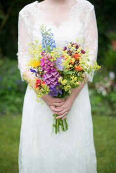 Colourful wild flower wedding bouquet | Photography by http://www.kayleighpope.co.uk/