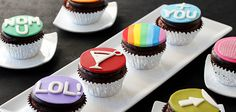 Tablespoon Badge Cupcakes - Tablespoon