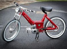 Discover recipes, home ideas, style inspiration and other ideas to try. Puch Moped, Moped Motorcycle, Moped Scooter, C90 Honda, Honda Cub, Small Motorcycles, Vintage Motorcycles, Custom Moped, Custom Bikes