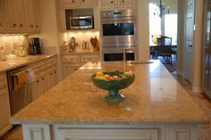 Instant Vinyl Counter Top Faux Granite Cover Film Overlay Venetian Gold Peel and Stick Premium Quality DIY Product Looks Real Limestone Countertops, Granite Countertops Colors, Granite Worktops, Kitchen Countertops, Granite Tops, Kitchen Island, Faux Granite, Peel And Stick Countertop, Venetian Gold Granite