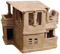 © Musée of Héraklion miniature of a house  minoan culture