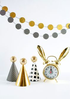 The Cutest NYE Party Hats!