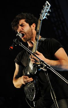 Foals (Yannis Philippakis) by oscarinn, via Flickr www.vinuesavallasycercados.com Picture Albums, Soundtrack To My Life, My Passion, Music Bands, Music Artists, Album Covers, Man, My Music, Fashion Ideas